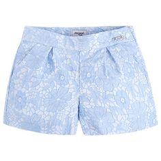 Bermuda jacquard Azules Young Fashion, Love Fashion, Girl Fashion, Fashion Outfits, Little Girl Outfits, Kids Outfits, Cool Outfits, Girls Denim Shirt, Short Niña
