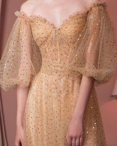 Flowy Dresses, Elegant Dresses, Formal Dresses, Pretty Outfits, Pretty Dresses, Beautiful Dresses, Yes To The Dress, Dress Up, Yule Ball