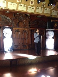Presentación de 'Garden Manor. Juega conmigo' (Titania), de Malenka Ramos, el 21 de mayo de 2015 en la sala Alegoría de Madrid. Mayo, Madrid