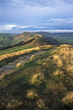 A view along The Great Ridge seen from Lose Hill, Derbyshire, England by Cool Places To Visit, The Places Youll Go, Places In England, British Countryside, Country Scenes, England And Scotland, Destinations, Derbyshire, Lake District
