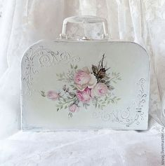"""❤.•°¤*(¯`★´¯)*¤° Shabby Chic.•°¤*(¯`★´¯)*¤°❤. [Translated:  Suitcase """"Pink Dreams"""" (71) Manufacturer: Ready Boxes handmade. Fair Masters - handmade. Buy suitcase """"Pink dreams"""". Handmade. White box...]"""