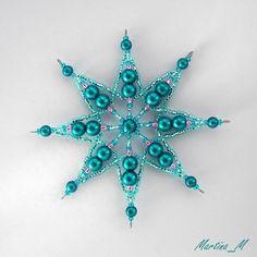 8b1a689b9 294 nejlepších obrázků z nástěnky Hvězdičky z korálků | Snowflakes ...