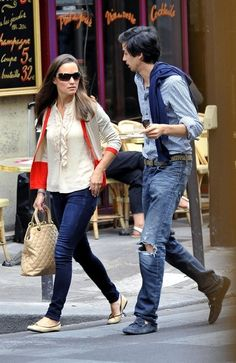 Pippa Middleton out in London Sole Pirouette beige and black ballet flats. Pippa Middleton Style, Kate And Pippa, Everyday Fashion, Casual Wear, Ballet Flats, Celebs, Fashion Outfits, My Style, How To Wear