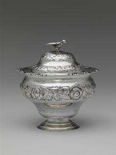 1765 American (Pennsylvania) Sugar bowl and cover at the Metropolitan Museum of Art, New York