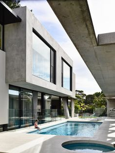 Mckimm is a contemporary award-winning architectural, design and construction practice based in Melbourne, Australia Duplex Design, House Design, Building Exterior, Building A House, Modern Villa Design, My Ideal Home, Modern Farmhouse Style, Modern House Plans, Facade House