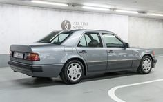 Best classic cars and more! Mercedes Benz Classes, Mercedes Benz 500, Mercedes W124, Super Sport Cars, Super Cars, Golf Mk1, Carl Benz, M Benz, Benz E Class