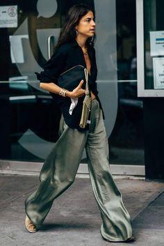 Belted crinkled-gauze jumpsuit New York Fashion Week's Best D. - Belted crinkled-gauze jumpsuit New York Fashion Week's Best Dressed Fashion Week Paris, Fashion Spring, Purple Fashion, Milan Fashion Weeks, Looks Street Style, Looks Style, Mode Outfits, Fashion Outfits, Fashion Trends