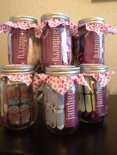 Jamicure in a jar!!! What a wonderful gift! Jamberry Nail Wraps and a mini manicure kit! Perfect!