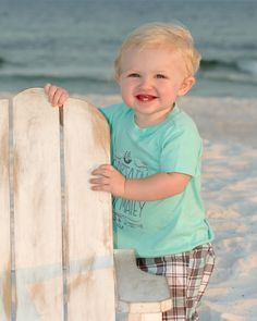 How sweet! #DestinBeachPhotography #DestinFL #BeachPortraits #FamilyBeachPortraits #CuteKids