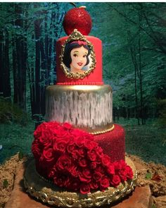 Pretty Picture of Princess Birthday Cake Princess Birthday Cake Princess Cake Couturecakesolga Cakes Cake Decorating White Birthday Cakes, Snow White Birthday, Cupcake Birthday Cake, Snow White Wedding, Snow White Cake, Disney Princess Birthday Party, Birthday Parties, White Cakes, Disney Cakes