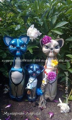 Creative Ways To Recycle Old Plastic Bottles Into DIY Crafts - Usefull Information - Diy-recycling Reuse Plastic Bottles, Plastic Bottle Flowers, Plastic Bottle Crafts, Recycled Bottles, Recycled Crafts, Plastic Container Crafts, Plastic Waste, Soda Bottle Crafts, Diy Bottle