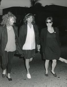 Carol King, Penny Marshall and Pregnant Carrie Carrie Fisher Family, Carrie Frances Fisher, Carole King, Penny Marshall, Cindy Williams, Laverne & Shirley, Debbie Reynolds, Celebs, Celebrities
