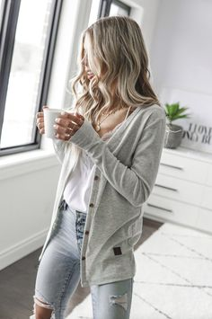 Light Grey Signature Cardigan - Adults – Beau Hudson Source by outfit Cardigan Floral, Outfits With Grey Cardigan, Grey Outfit, Casual Outfits, Cute Outfits, Summer Cardigan Outfit, Light Summer Cardigan, Light Jeans Outfit, Easy Outfits