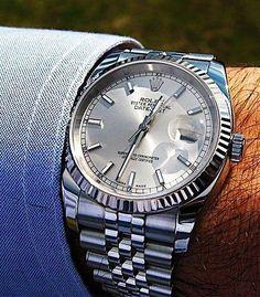 (notitle) (notitle),watches Related posts:Garbiñe Muguruza's elegant Rolex Oyster Perpetual Datejust 36 in steel and - men's watchesRolex Datejust 41 126334 blij Blue Index Steel White Gold Automatic Watch -. - men's watches🔥𝓵𝓲𝓴𝓮. Rolex Watches For Men, Luxury Watches For Men, Cool Watches, Wrist Watches, Men's Watches, Datejust Rolex, Cartier Rolex, Der Gentleman, Junghans
