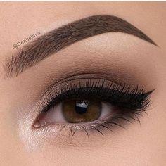 make olhos árabes