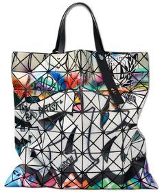 BAO BAO ISSEY MIYAKE LUCENT PRO GRAFFITI TOTE bag Issey Miyake b868e59e9112e