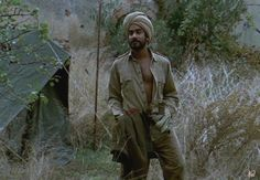 Kip (Naveen Andrews) in The English Patient Le Patient Anglais, The English Patient, Film Music Books, Great Movies, Cinematography, Storytelling, Love Story, Khaki Dress, Lost