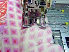 ScrapBusters: Scrappy Ruffled Oven Mitts
