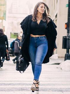 The Curvy Girl's Guide to Finding the Right Jeans. Tips from a plus-size model. #ashleygraham