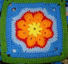 ErinLindsey's Pile Of Yarn: Granny Square pattern, with