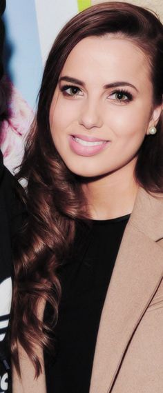 Sophia Smith I love her lipgloss and she's so pretty