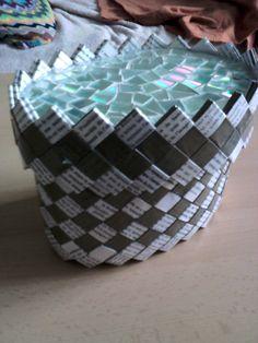 krabička z novin