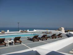 For #sale in #Santorini, #Greece. http://www.mesitiko-lafazani.gr/el/content/santorini-neodmiti-prive-xenodoheiaki-monada-me-pisina