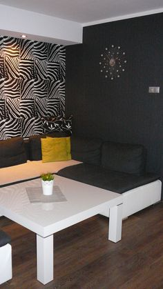 Wnętrza, black&white - nasz salonik