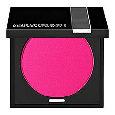 The unique texture of MAKE UP FOR EVER Powder Blush is due to its high pigment density, which makes it last and last. That's why makeup artists love it! You can obtain maximum coverage with the Matte texture #sephoracolorwash