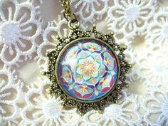 Óriás mandalás medál - kunigundakincsei.hu Pocket Watch, Pendant Necklace, Accessories, Jewelry, Jewlery, Jewerly, Schmuck, Jewels, Jewelery