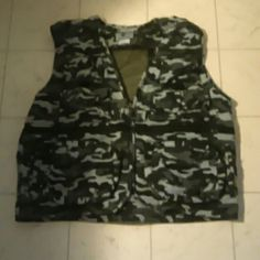 Fishing vest Sz xl Jackets & Coats Vests
