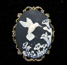 Cameo Brooch or Pendant Hummingbird with Flowers by Hurstjewelry, $14.50