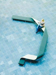 Ribbon bench. Sara Stankovic