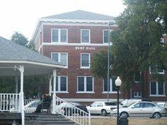 Burt Hall at The University of Mary Hardin-Baylor
