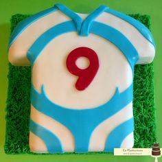 torta a forma di maglia di rugby