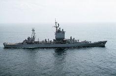 Soubor:USS Long Beach (CGN-9) stbd beam view.jpg
