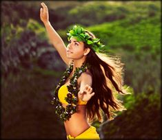 View top-quality stock photos of Beautiful Hula Dancer. Find premium, high-resolution stock photography at Getty Images. Hawaiian People, Hawaiian Girls, Hawaiian Dancers, Hawaiian Art, Polynesian Dance, Polynesian Culture, Polynesian People, Moana, Dance Baile
