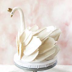Bubble Milk Tea, Easter Bunny Cake, Cakes Plus, Watercolor Cake, Baby Girl Cakes, Dream Cake, Drip Cakes, Tea Cakes, Cute Food