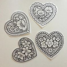 Flower heart tattoo on back 43 new Ideas Traditional Heart Tattoos, Traditional Tattoo Filler, Traditional Tattoo Woman, Traditional Tattoo Flowers, Traditional Tattoo Old School, Traditional Tattoo Drawings, Girly Tattoos, Cute Tattoos, Leg Tattoos