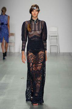 London-Fashion-Week-SS15-Bora-Aksu-16.jpg (450×675)