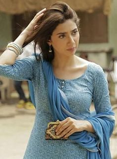 Raees look decoded: Mahira Khan's fashion breakdown | PINKVILLA
