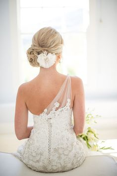 Bride's loose chignon bun bridal hair Toni Kami Wedding Hairstyles ♥ ❷ Wedding hairstyle ideas white flower gorgeous wedding gown dress Bridal Hair, Bridal Gowns, Wedding Gowns, Wedding Updo, Wedding Robe, Beach Wedding Hair, Tulle Wedding, Bridal Beauty, Wedding Flowers