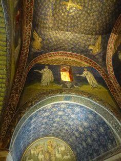"""""""Mausoleo di Galla Placidia"""", Ravenna Italia (Marzo)"""