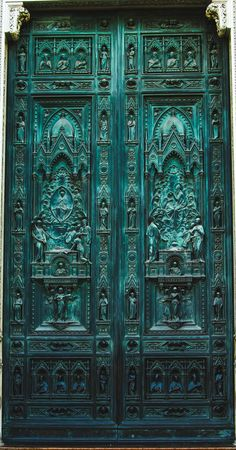 Rosamaria G Frangini | Architecture Doors & Windows | Blue Teal Door, details, Florence.