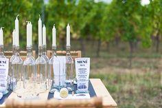 Weinflaschen als Kerzenhalter – ein Klassiker! :)