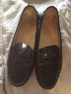 Check out Tods Black Loafers on Threadflip!