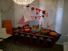 Pirate party ship table