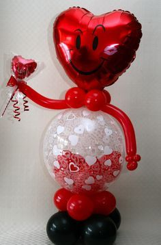 Festive Balloon Art Decor For Valentines Day With Robot Figure Ideas