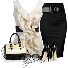 Love! Add a black blazer and it would be work ready.