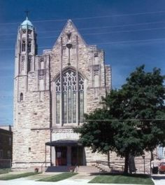 Vincent's is a Church under the care of the Society of Saint Pius X, SSPX, located in Kansas City, Missouri. During this lens, I will try. Missouri, Kansas City, Notre Dame, Catholic, Saints, Lens, Building, Travel, Viajes